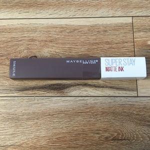 3/$27 NEW Maybelline Super Stay Matte Ink Huntress